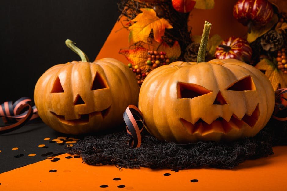 How to get your multi-family rental ready for Halloween